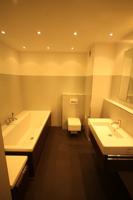bad 1 badezimmer bild 5 sanieren in wien bossmann gmbh. Black Bedroom Furniture Sets. Home Design Ideas