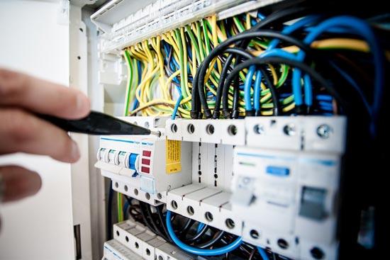 Turbo Elektroinstallation & Haustechnik vom Elektriker Firma in Wien BR87